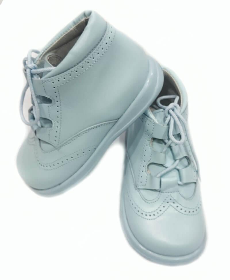 c349454bb Foto 1 de Zapato niño ingles tipo bota de color celeste mod 9111 de bambi